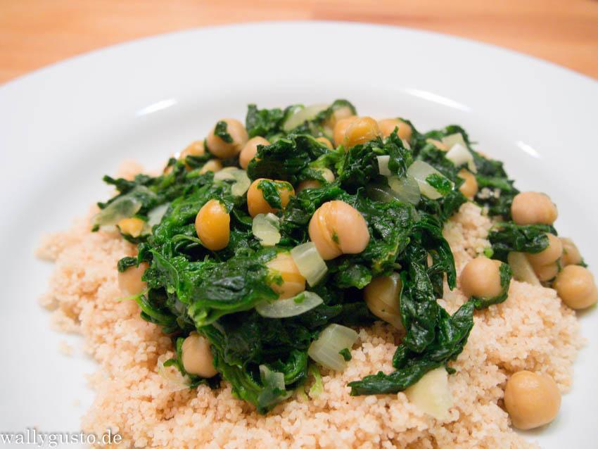 Couscous und Kichererbseneintopf mit Spinat und Safran | Buchvorstellung