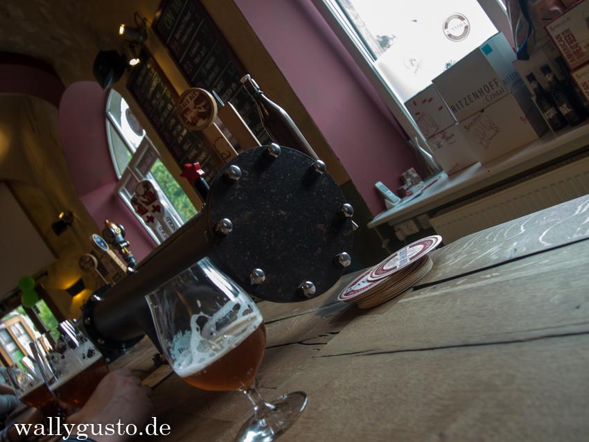 Bierinseln Tap House Schräglage
