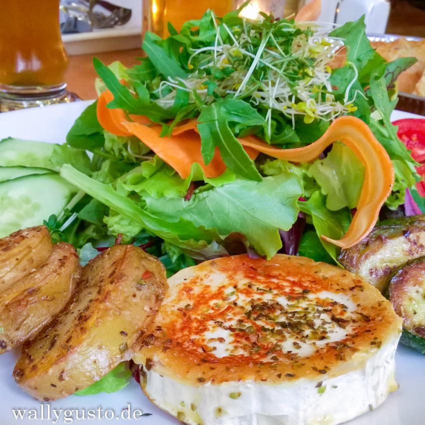 Immer wieder gerne - Das Café Puck in der Münchner Maxvorstadt