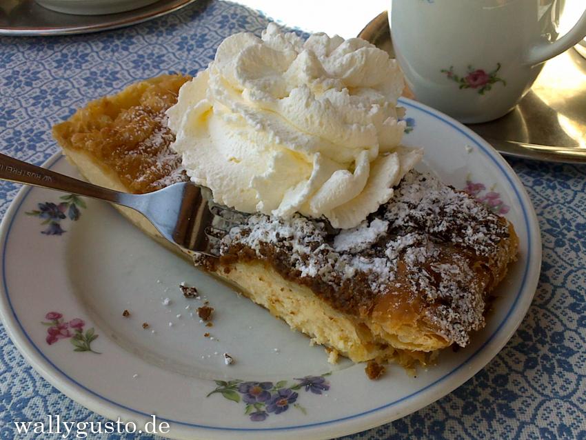 Cafe Winklstüberl | Topfenstrudel