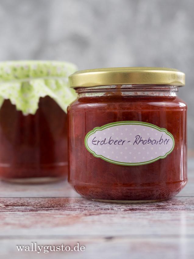 Erdbeer-Rhabarber-Marmelade mit Vanille