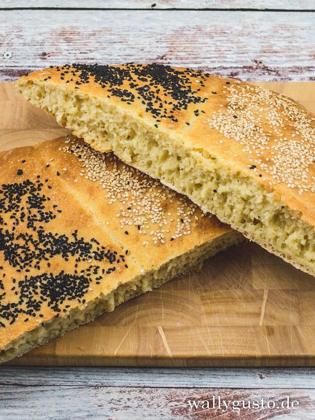 Fladenbrot mit Sesam und Schwarzkümmel   Rezept auf www.wallygusto.de