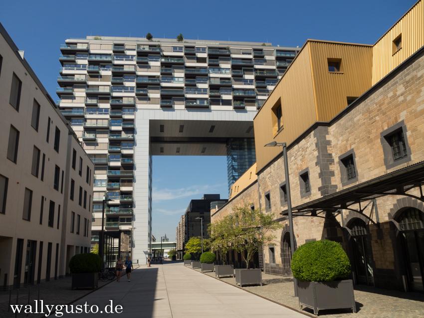 Köln – Ein Wochenende in Deutschlands jeckster Stadt | Rheinauhafen