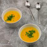 Kürbissuppe mit Orange und Kokosmilch