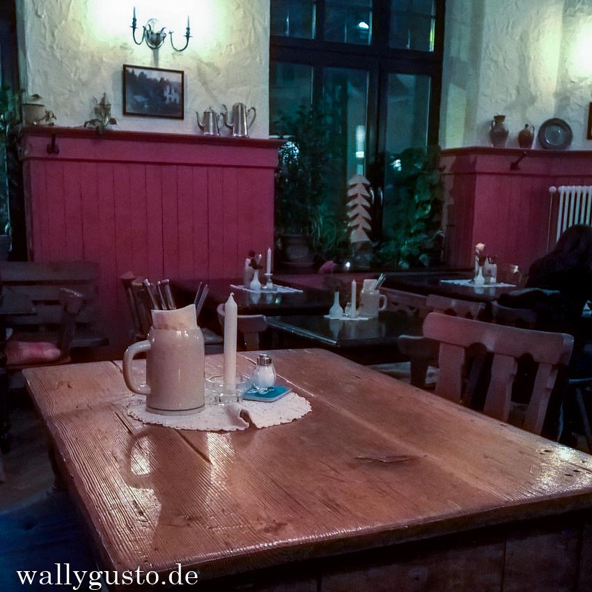 Bayrisch & nachhaltig speisen im Klinglwirt in München-Haidhausen
