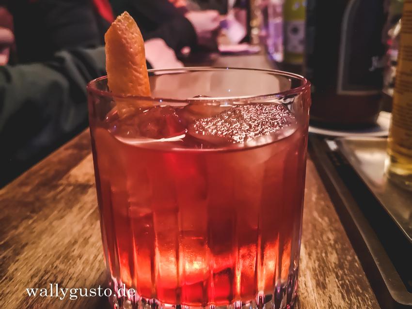 Negroni & 3 Tipps für richtig gute Cocktails in München | Rezept auf www.wallygusto.de