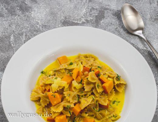 One-Pot-Pasta mit Kürbis, Sahne und Curry | Rezept auf www.wallygusto.de