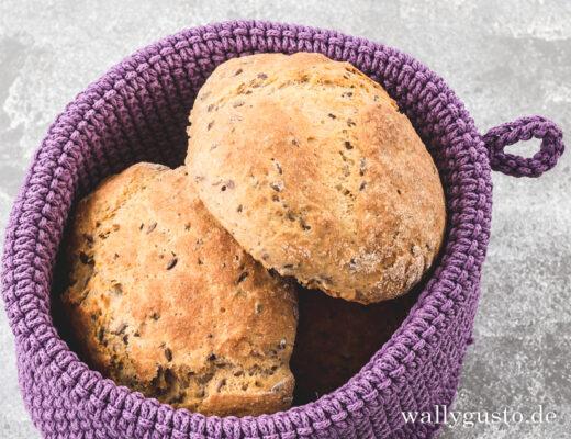 Quarkbrötchen mit Leinsamen | Rezept auf www.wallygusto.de