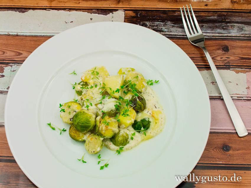 Rosenkohl-Gratin mit Kartoffeln und Ziegenkäse | Rezept auf www.wallygusto.de