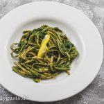 Schwarzkohl-Pesto mit Zitrone