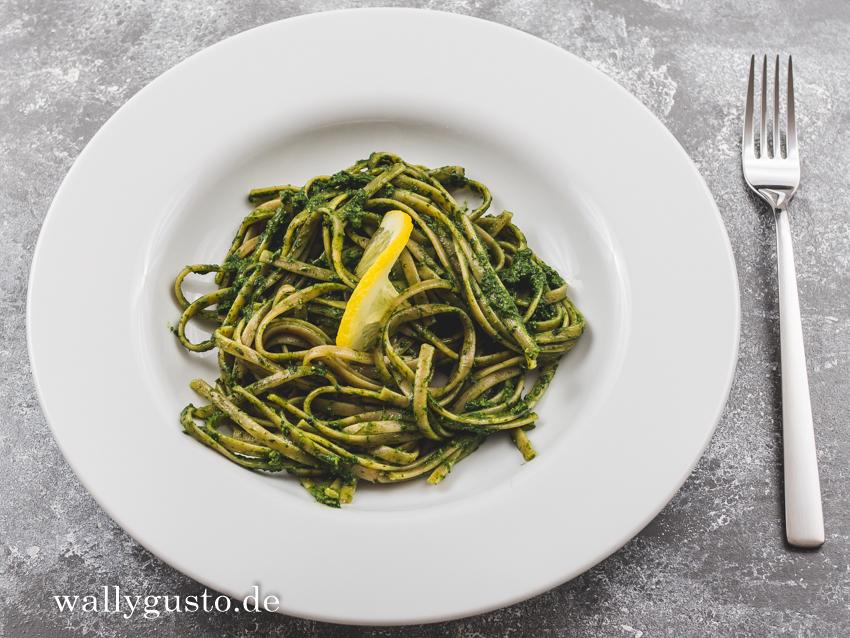 Schwarzkohl Pesto mit Zitrone | Rezept auf www.wallygusto.de