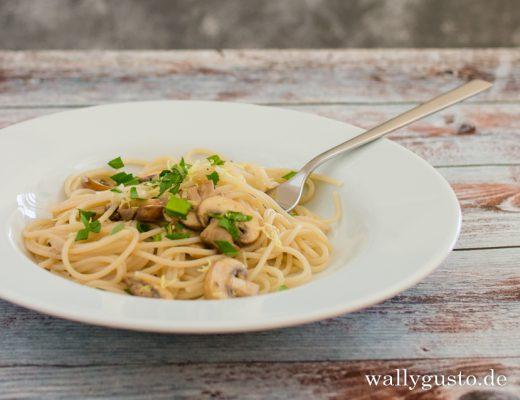 Spaghetti mit Pilzen und Zitrone | Rezept auf www.wallygusto.de