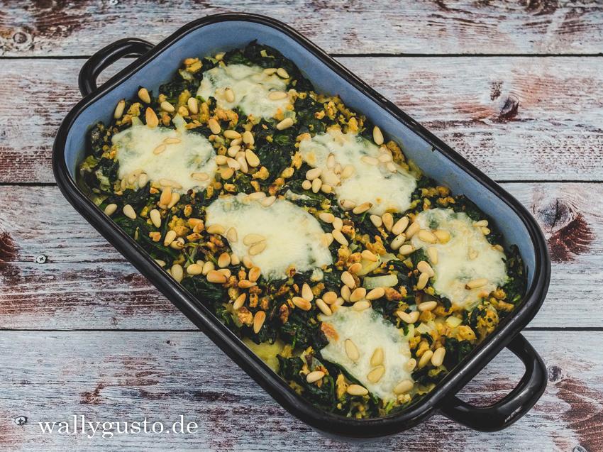 Spinat-Gnocchi-Auflauf mit Pinienkernen | Rezept auf www.wallygusto.de