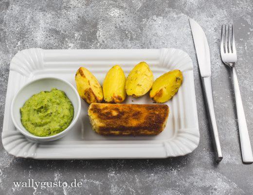 Vegetarische Fish and Chips mit Manouri-Käse & Erbsenpüree | Rezept auf www.wallygusto.de