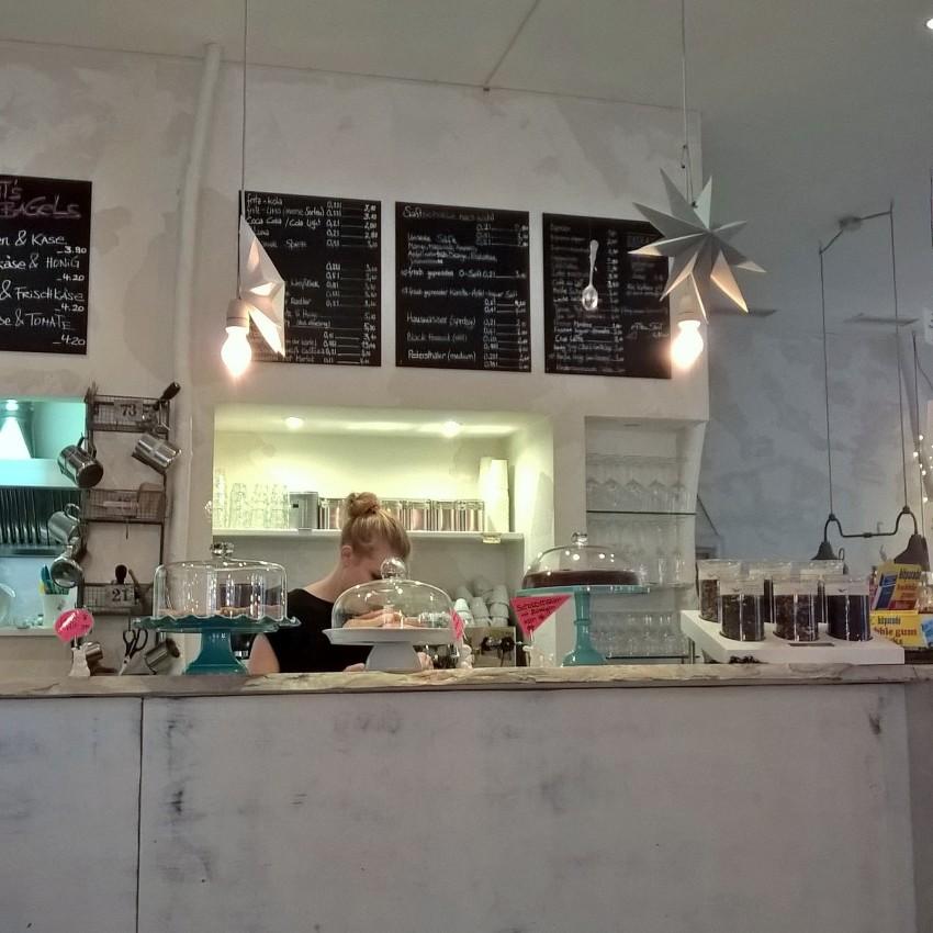 Ein Besuch beim weißen Kanichen - White Rabbits Room in München-Haidhausen